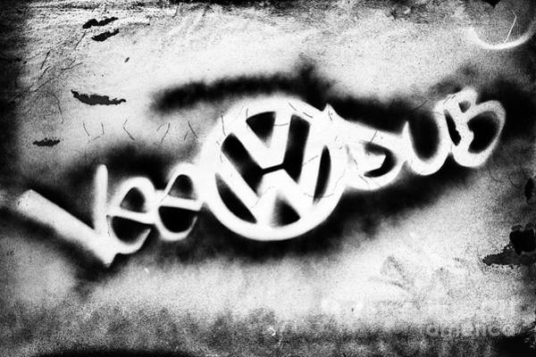 Groovy Photograph - Vee Dub by Tim Gainey