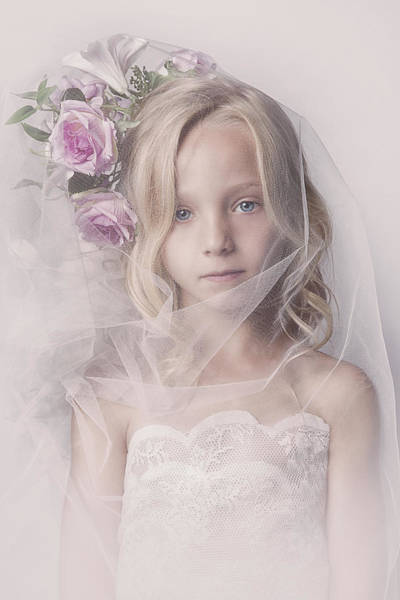 Portriat Photograph - Veil Girl by Carola Kayen-mouthaan