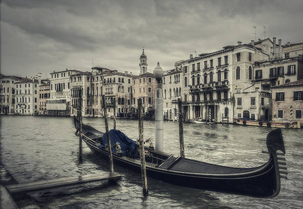 Photograph - Venetian Landscape by Roberto Pagani