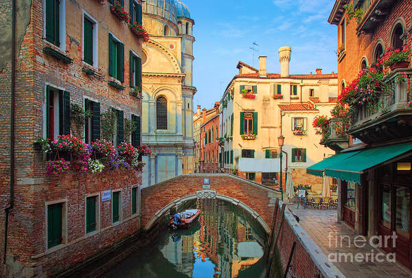 Italia Photograph - Venetian Paradise by Inge Johnsson