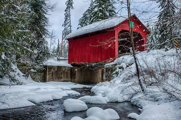Red Covered Bridge Photograph - Vermonts Moseley Covered Bridge by Jeff Folger