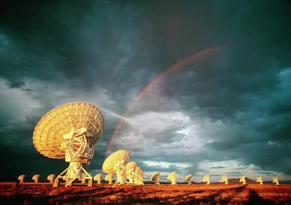 Very Large Array Photograph - Very Large Array Telescope by Peter Menzel/science Photo Library