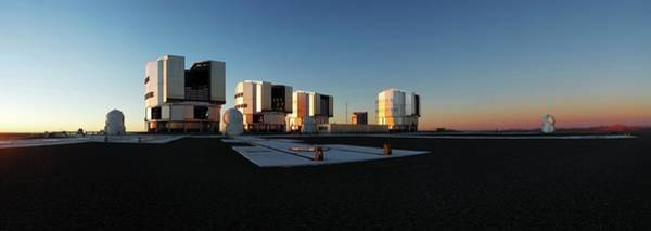 Wall Art - Photograph - Very Large Telescope by Eso/f. Kamphues