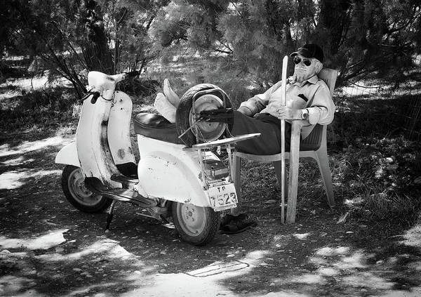 Cap Photograph - Vespa A Riposo by Pete Richardson