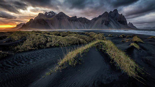 Black Cloud Photograph - Vestrahorn Sunset by Sus Bogaerts