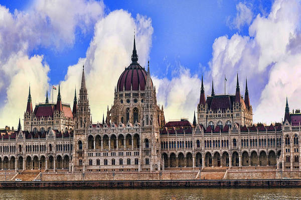 Photograph - Vibrant Houses Of Parliament by Brenda Kean