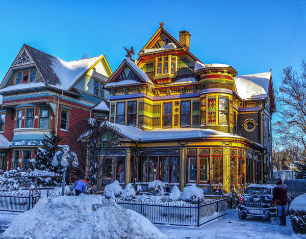 Victorian House Digital Art - Victorian Color by Capt Gerry Hare