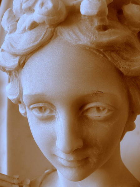 Photograph - Victorian Face by Jeff Lowe