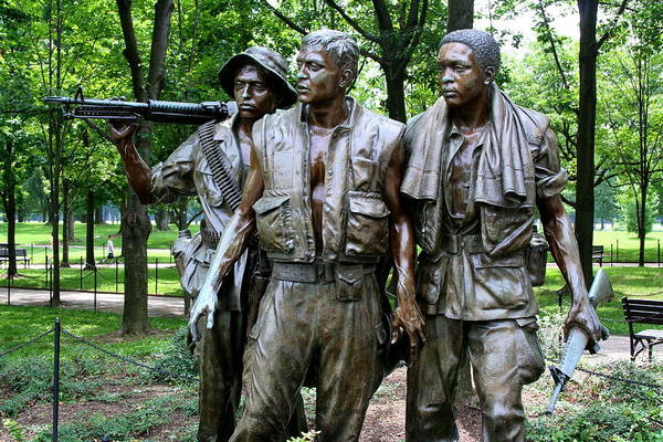 Photograph - Vietnam Memorial 2 by Jim Gillen