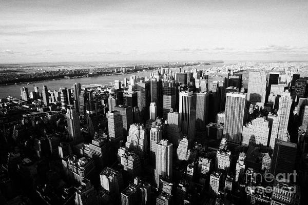 Reach For The Sky Wall Art - Photograph - View Of Manhattan North West Towards Hudson River From Empire State Building New York by Joe Fox
