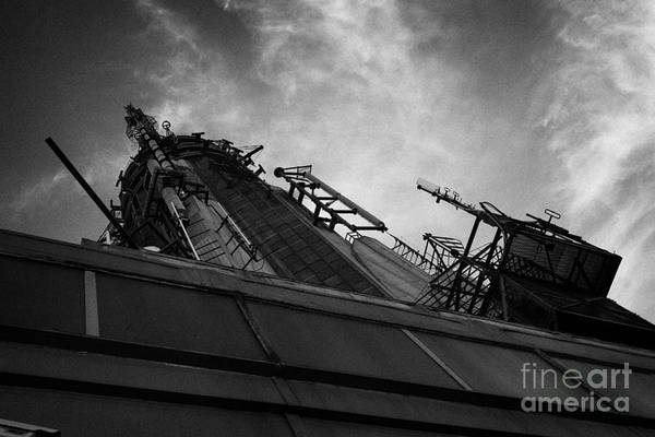 Reach For The Sky Wall Art - Photograph - View Of The Top Of The Empire State Building Radio Mast New York City by Joe Fox