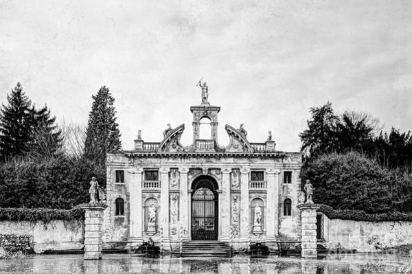 Photograph - Villa Barbarigo by Traven Milovich