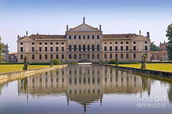 Photograph - Villa Pisani Reflections by Brenda Kean