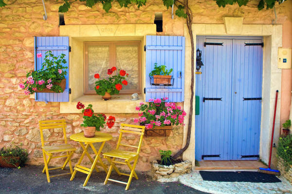 Photograph - Village House In The Tiny Luberon by Barbara Van Zanten