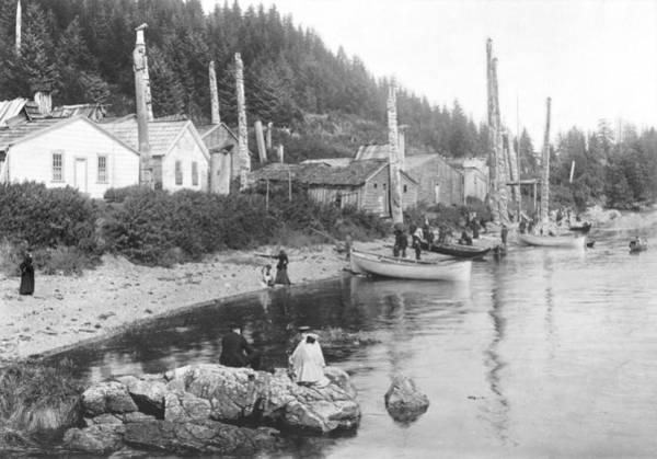 Totem Pole Wall Art - Photograph - Village In Alaska, C.1900 Bw Photo by American Photographer
