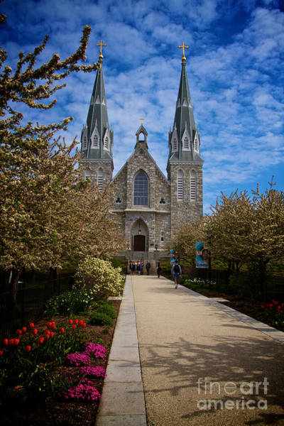 Photograph - Villanova In The Spring by William Norton