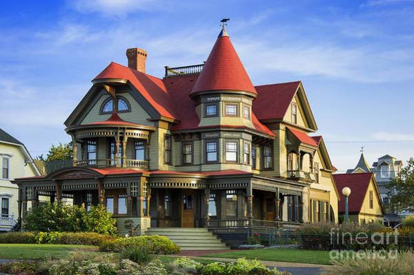 Queen Anne Style Photograph - Vineyard Home by John Greim