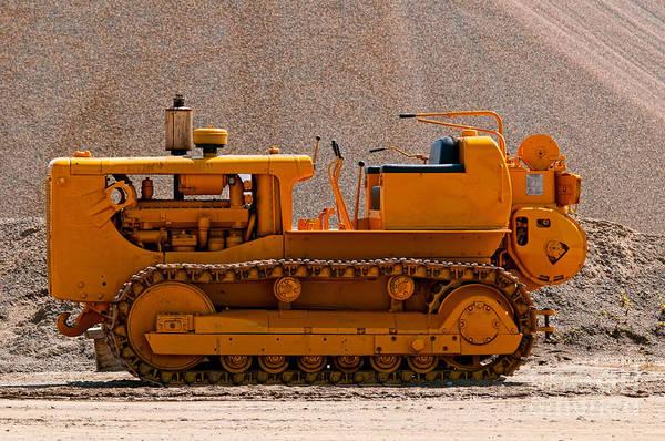 Photograph - Vintage Bulldozer by Les Palenik