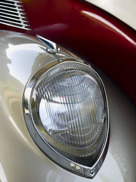 Automobile Wall Art - Photograph - Vintage Headlamp by Carol Leigh