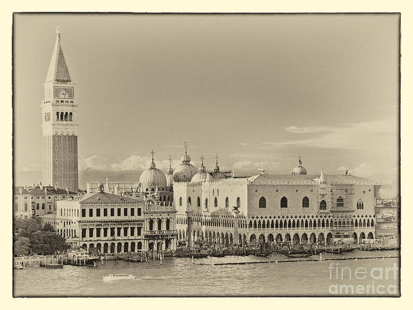 Photograph - Heart Of Venice Vintage  by Kate McKenna