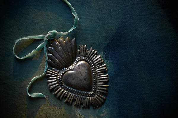 Pendant Photograph - Vintage Heart by Patricia Granlund