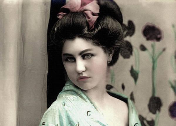 Mixed Media - Vintage Lady In Kimono Pastel Portrait by Lesa Fine