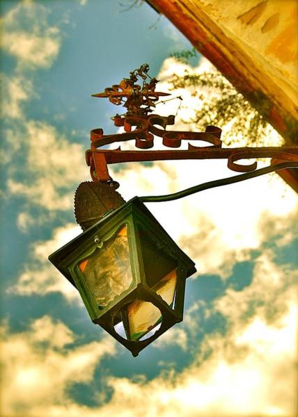 Photograph - Vintage Lamp by HweeYen Ong
