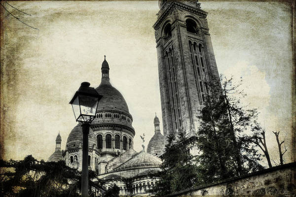 Photograph - Vintage Paris Montmartre Basilica Of Sacre Coeur by Evie Carrier