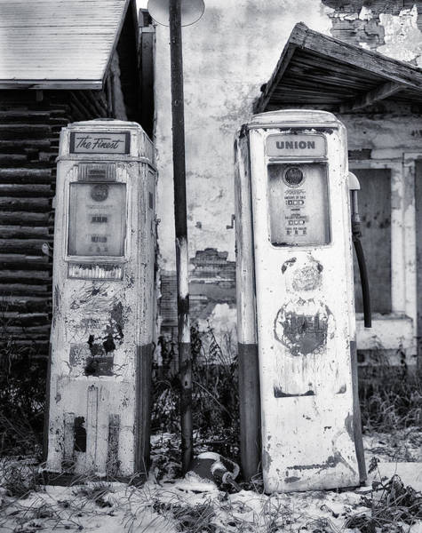 Wall Art - Photograph - Vintage Shell Gas Pumps by Jack Zulli