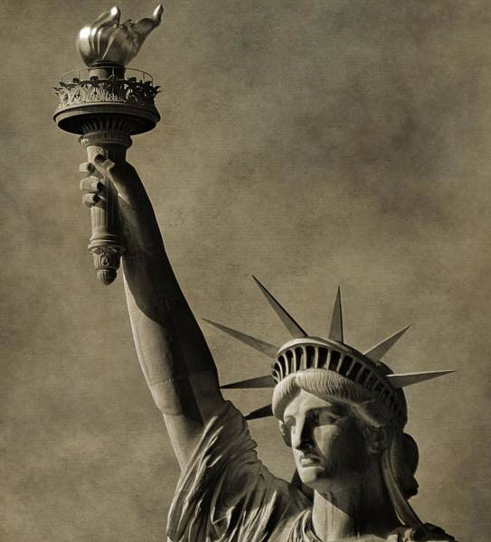 Battery D Wall Art - Photograph - Vintage Statue Of Liberty by Dan Sproul