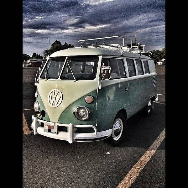 Bus Photograph - Vintage Volkswagen Bus 1 by Couvegal Brennan