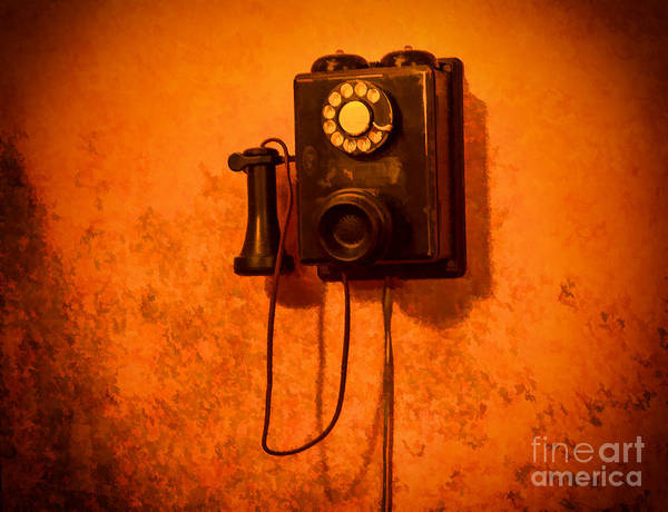 Photograph - Vintage Wall Phone  by Les Palenik