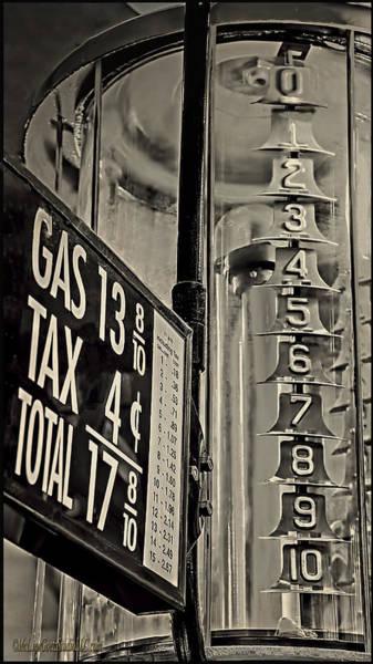 Flammable Wall Art - Photograph - Visi Bowl Gas Pump  by LeeAnn McLaneGoetz McLaneGoetzStudioLLCcom