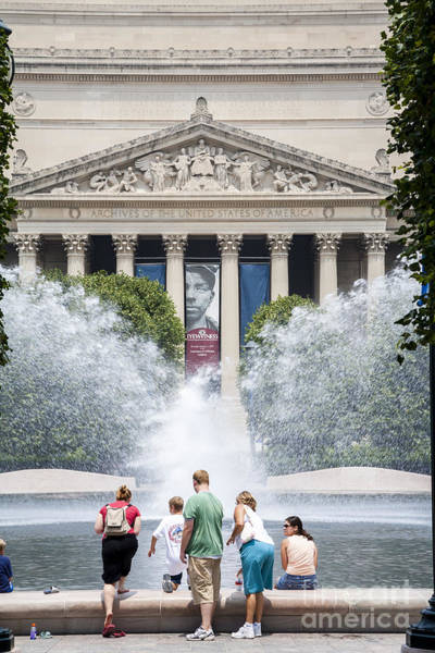 Photograph - Visitors Cool At A Fountain Near The National Archives In Washington Dc by William Kuta