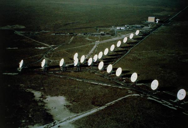 Very Large Array Photograph - Vla Radio Telescope by Nrao/aui/nsf/science Photo Library