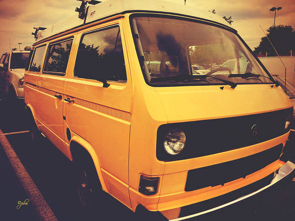 Photograph - Volkswagen Peace Van - Vanagon I by Paulette B Wright