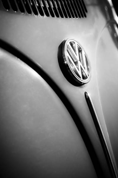 Photograph - Volkswagen Vw Bug Emblem -0337bw by Jill Reger