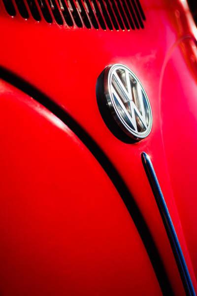 Vw Bug Photograph - Volkswagen Vw Bug Emblem -0337c by Jill Reger