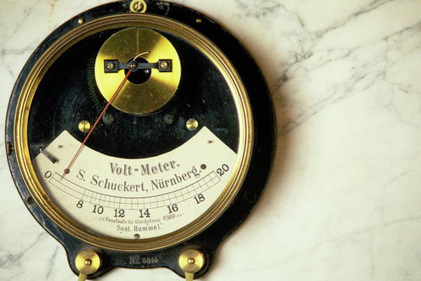 Wall Art - Photograph - Voltmeter Dial by Ton Kinsbergen/science Photo Library