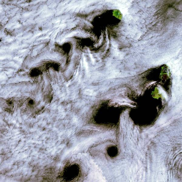 Landsat 7 Wall Art - Photograph - Von Karman Vortices by Nasa/science Photo Library