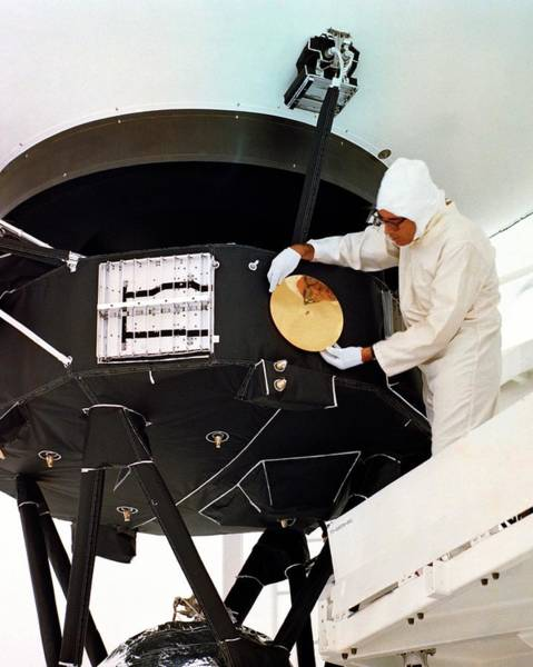 Voyager Photograph - Voyager Disc Installation by Nasa/internegative