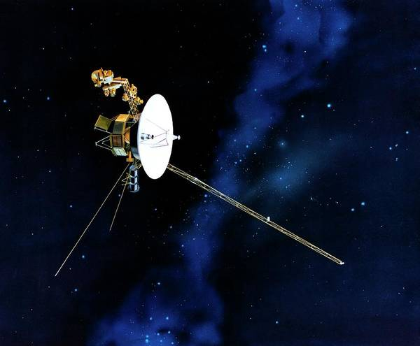 Voyager Photograph - Voyager Spacecraft by Nasa/jpl/science Photo Library