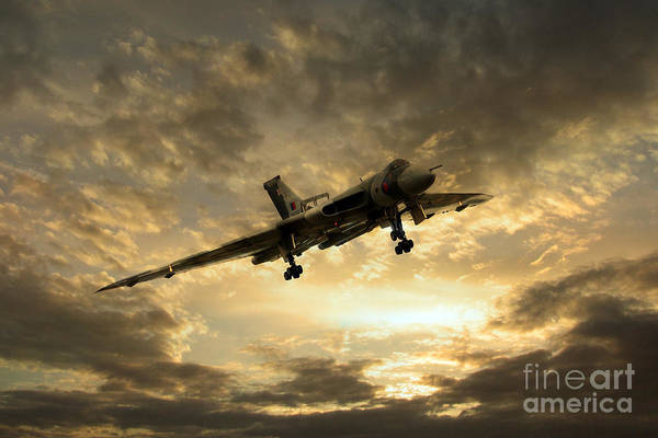 Avro Vulcan Wall Art - Digital Art - Vulcan Cometh by J Biggadike