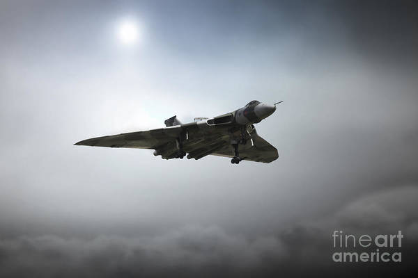 Vulcan Xh558 Wall Art - Digital Art - Vulcan Inbound by J Biggadike