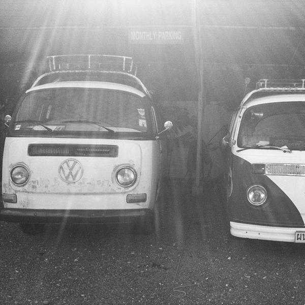 Monochrome Wall Art - Photograph - Vw Rays #vw #volkswagen #vwcamper by Georgia Fowler