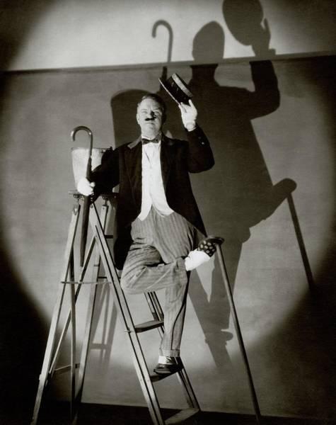 People Walking Photograph - W. C. Fields Standing On A Ladder by Edward Steichen