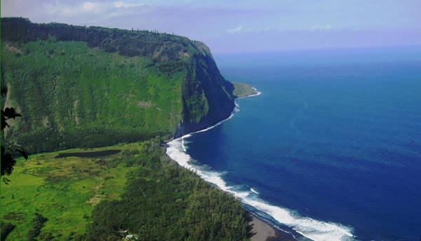 Photograph - Waipio Valley by Pamela Walton