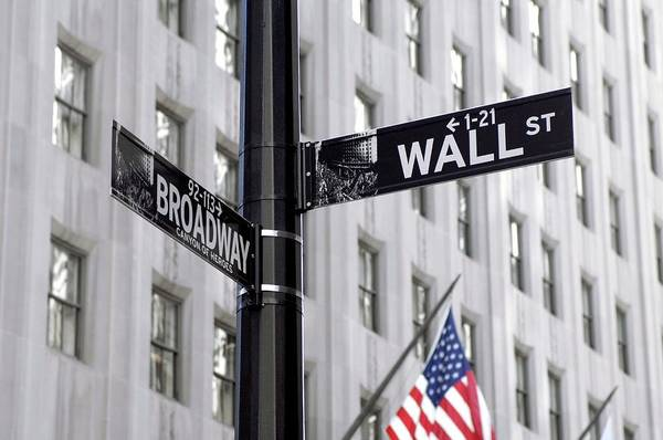 Street Sign Photograph - Wall Street Sign by Mark Thomas/science Photo Library