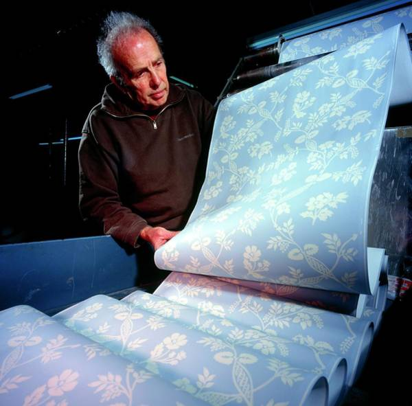 Printing Photograph - Wallpaper Manufacture by Brian Bell/science Photo Library