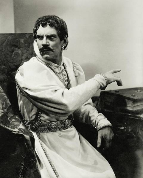 Gesture Photograph - Walter Huston As Othello by Lusha Nelson